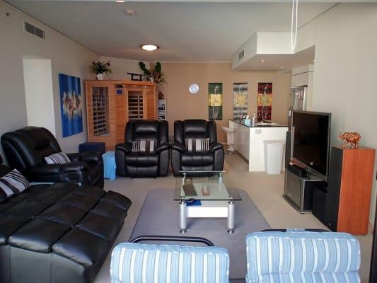 $238, Flatshare, 2 bathrooms, Surf Parade, Broadbeach QLD 4218