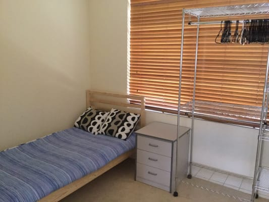 $165, Share-house, 3 bathrooms, Moorland Street, Scarborough WA 6019