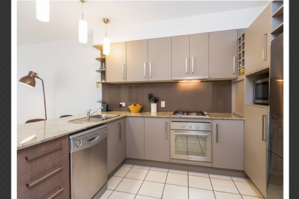 $440, Whole-property, 2 bathrooms, Wren Street, Bowen Hills QLD 4006