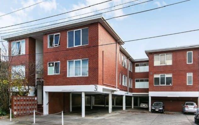 $275, Whole-property, 1 bathroom, Smith Street, Saint Kilda VIC 3182