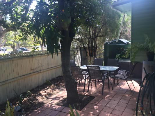 $170, Share-house, 2 bathrooms, Riding Road, Hawthorne QLD 4171