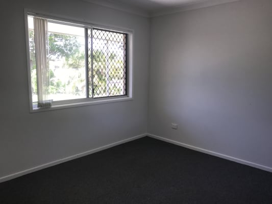 $230, Share-house, 4 bathrooms, Salerno Street, Surfers Paradise QLD 4217