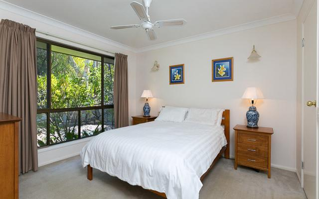 $200, Share-house, 3 bathrooms, Oolyie Close, Chapel Hill QLD 4069