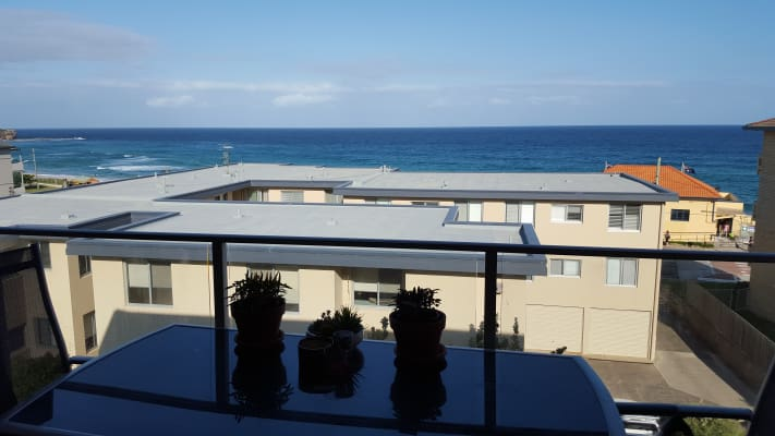 $330, Flatshare, 2 bathrooms, Curl Curl Parade, Curl Curl NSW 2096