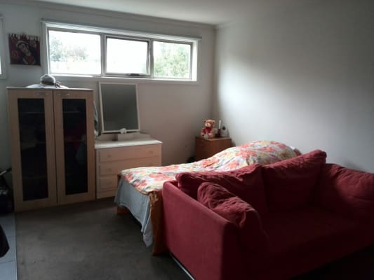 $160, Flatshare, 2 bathrooms, Oak Street, Parkville VIC 3052