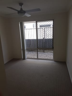 $133, Share-house, 4 bathrooms, Central Green Drive, Narangba QLD 4504