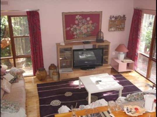 $280, Share-house, 3 bathrooms, Foch Street, Ormond VIC 3204