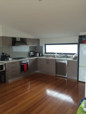 $207, Flatshare, 3 bathrooms, Collier Crescent, Brunswick VIC 3056
