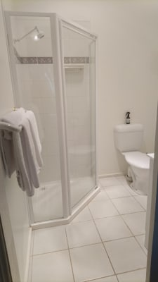 $220, Share-house, 4 bathrooms, Don Road, Badger Creek VIC 3777