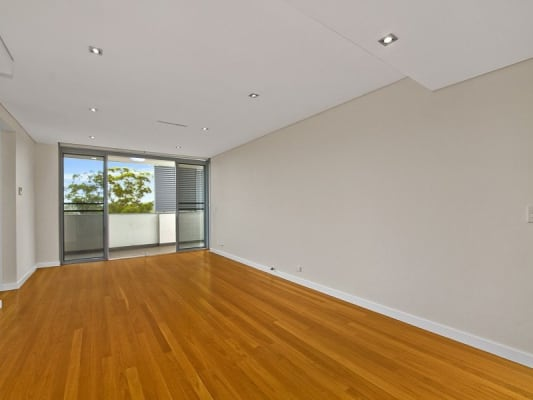 $280, Flatshare, 2 bathrooms, Burleigh Street, Lindfield NSW 2070