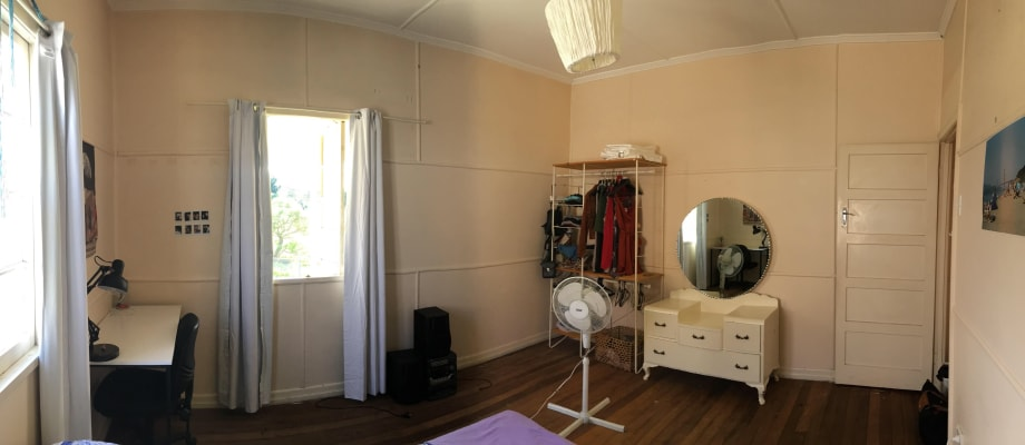 $150, Share-house, 3 bathrooms, Broadmere Street, Annerley QLD 4103