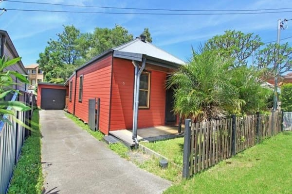 $200, Share-house, 4 bathrooms, Robinson Street, Wollongong NSW 2500