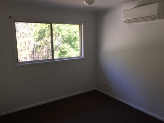 $180, Flatshare, 3 bathrooms, Colburn Avenue, Victoria Point QLD 4165