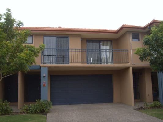 $590, Whole-property, 4 bathrooms, University Drive, Robina QLD 4226