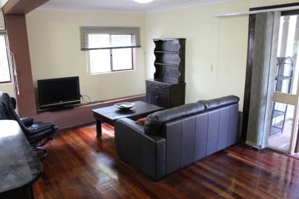 $200, Whole-property, 2 bathrooms, Frankcom Drive, Underwood QLD 4119