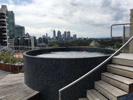 $300, Flatshare, 2 bathrooms, Albert Road, Melbourne VIC 3000