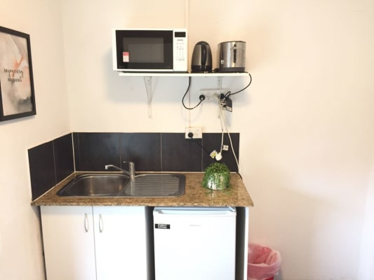 $400, Share-house, 6 bathrooms, Chalmers Street, Surry Hills NSW 2010