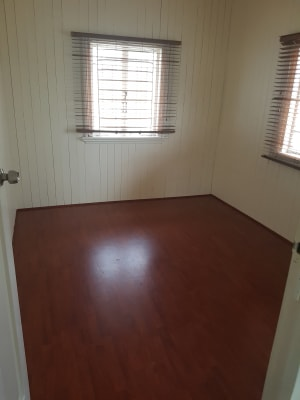 $140, Share-house, 2 rooms, Smith Street, Holland Park QLD 4121, Smith Street, Holland Park QLD 4121