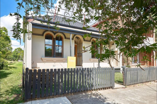 $250, Share-house, 3 bathrooms, George Street, Sydenham NSW 2044