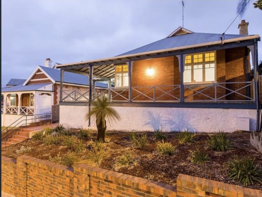 $200, Share-house, 3 bathrooms, Stirling Street, Fremantle WA 6160