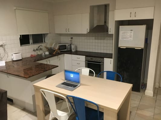$340, Flatshare, 3 bathrooms, Curlewis Street, Bondi Beach NSW 2026