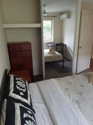 $250, Share-house, 3 bathrooms, Jacqueline Avenue, Labrador QLD 4215