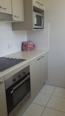 $420, Whole-property, 2 bathrooms, Durham Street, Saint Lucia QLD 4067