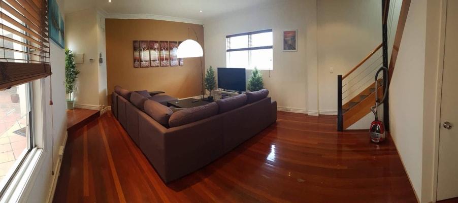$240, Share-house, 4 bathrooms, Mount Alexander Road, Flemington VIC 3031