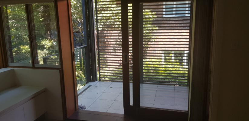 $350, Flatshare, 2 bathrooms, Upper Pitt Street, Kirribilli NSW 2061