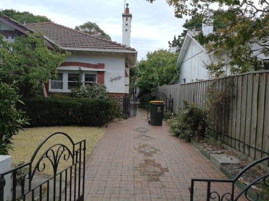 $180, Share-house, 5 bathrooms, Hawthorn Road, Caulfield North VIC 3161