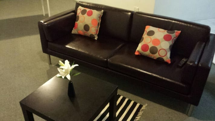 $175, Flatshare, 2 bathrooms, Dangar Place, Chippendale NSW 2008