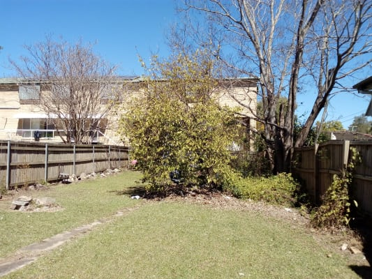 $170, Share-house, 3 bathrooms, Sir Fred Schonell Drive, Saint Lucia QLD 4067