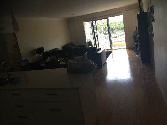 $220, Flatshare, 2 bathrooms, Australia Avenue, Broadbeach QLD 4218