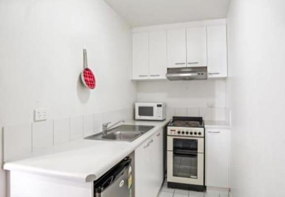 $430, Flatshare, 2 bathrooms, Lonsdale Street, Melbourne VIC 3000