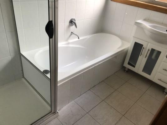 $185, Share-house, 3 bathrooms, Jindabyne Road, Kingston Beach TAS 7050
