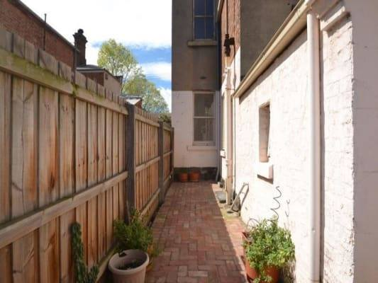 $195, Share-house, 4 bathrooms, Chetwynd Street, North Melbourne VIC 3051