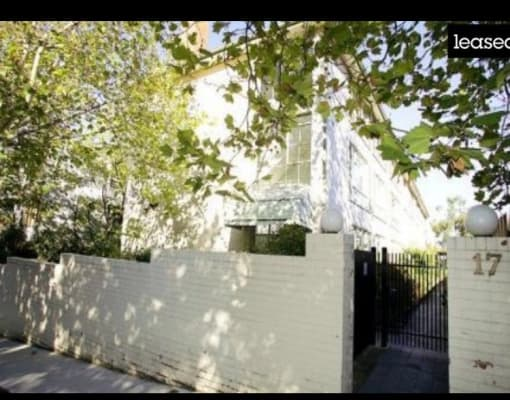 $240, Flatshare, 2 bathrooms, Rockley Road, South Yarra VIC 3141