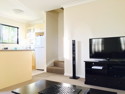 $170, Share-house, 3 bathrooms, Fleming Road, Herston QLD 4006