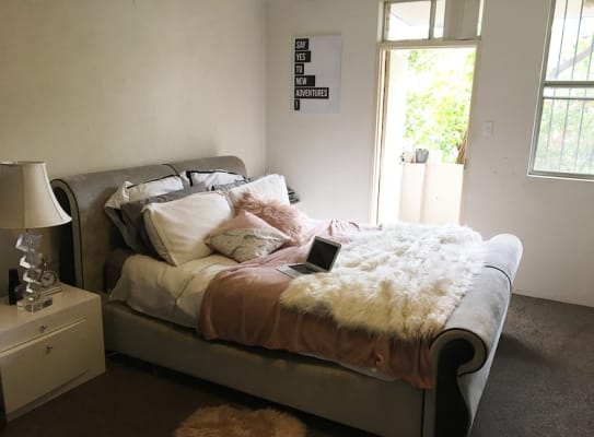 $220, Flatshare, 2 bathrooms, Crown Street, Surry Hills NSW 2010