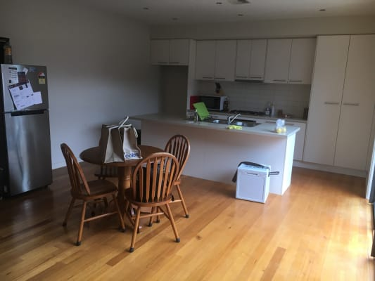 $180, Flatshare, 3 bathrooms, Faulkner Street, Bentleigh VIC 3204