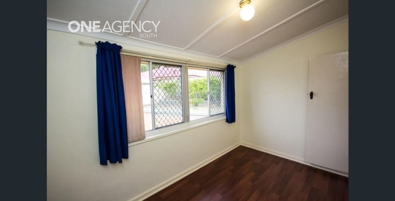 $130, Share-house, 3 bathrooms, Stratton Street, Hamilton Hill WA 6163