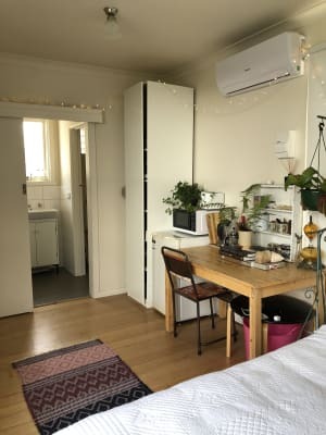 $205, Share-house, 4 bathrooms, Philip Street, Mornington VIC 3931