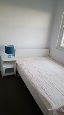 $320, Flatshare, 2 bathrooms, Park Street, Clovelly NSW 2031