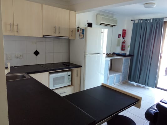 $320, 1-bed, 1 bathroom, Dunstable Street, MacGregor QLD 4109