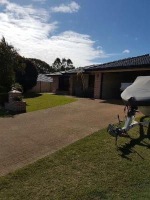 $180, Share-house, 5 bathrooms, Orangegrove Court, Birkdale QLD 4159