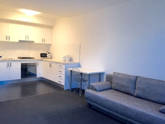 $300, Studio, 1 bathroom, Baillie Street, North Melbourne VIC 3051
