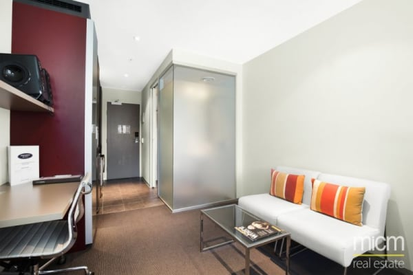 $99, Flatshare, 2 bathrooms, Abeckett Street, Melbourne VIC 3000