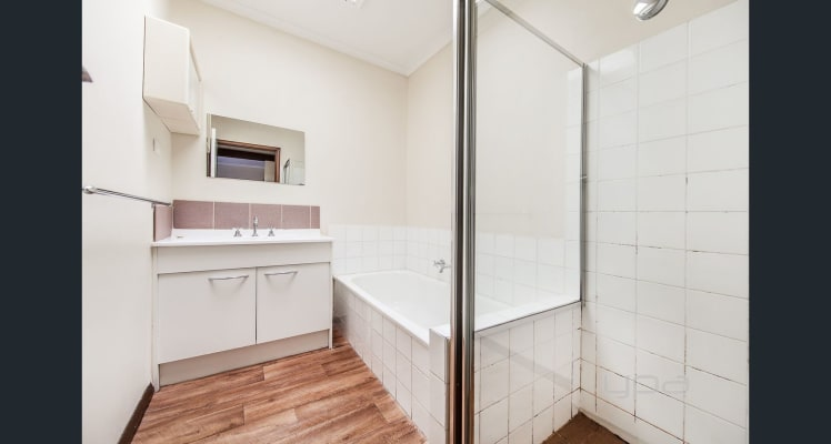 $110-180, Student-accommodation, 3 rooms, Morris Road, Hoppers Crossing VIC 3029, Morris Road, Hoppers Crossing VIC 3029