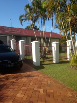 $180, Whole-property, 1 bathroom, Sigatoka Place, Clear Island Waters QLD 4226