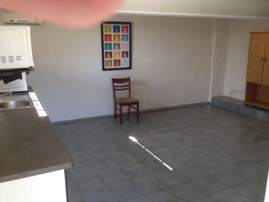 $250, Studio, 1 bathroom, Leeward Terrace, Tweed Heads NSW 2485